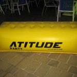 balão inflável sofá