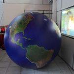 blimp-dirigível-inflável-planeta terra