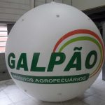 blimp-dirigível-inflável-Galpão produtos agropecuários