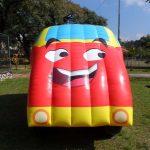 brinquedo inflável carro
