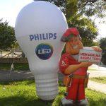 mascote inflavel Philips