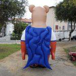 mascote inflável urso super herói