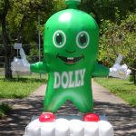 mascote inflavel Dolly