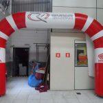 portal inflável Revemar moto center honda