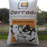 replica inflável cerrado alimentação animal
