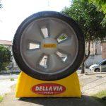 replica inflável della via pneus