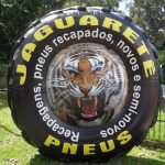 replica inflável pneu de trator jaquaretê