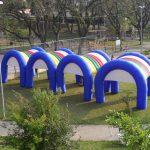 tendas infláveis arco-iris