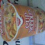 Réplicas infláveis Cup noodles galinha caipira