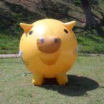 Réplicas infláveis Porquinho