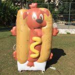 Réplicas infláveis hot dog