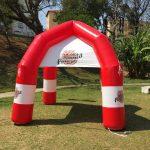 Tenda-inflável-com-logotipo-próprio-6